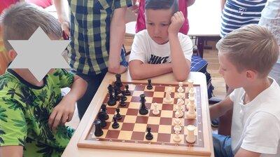 Fotoalbum Schach im Mathematikunterricht der 4b