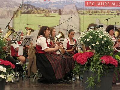 Foto des Albums: Frühschoppen im Festzelt in Buchloe (08.05.2016)
