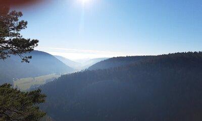 Aussicht vom Bildsteinfelsen ins Albtal