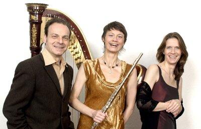 Robert Meller, Sprecher (Potsdam) Birgitta Winkler, Flöte (Potsdam) Tatjana Schütz, Harfe (Berlin)