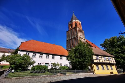 Die Aussichtsplattform der Calauer Stadtkirche befindet sich in rund 37 Metern Höhe. Foto: Stadt Calau / Jan Hornhauer