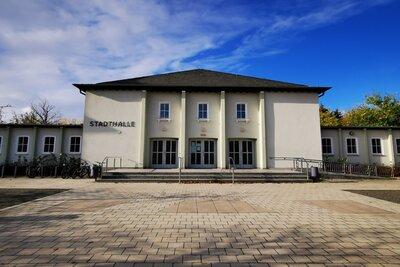 Veranstaltungsort ist die Stadthalle Calau. Foto: Stadt Calau / Jan Hornhauer