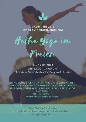 Outdoor-Yoga mit Heike
