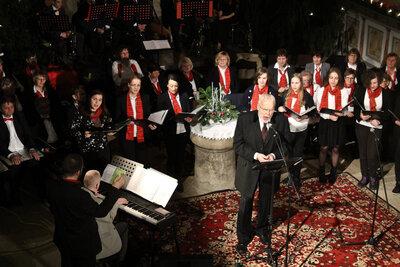 Bereits 2018 gastierte Gunther Emmerlich in Mühlberg und sang gemeinsam mit der evangelischen Kantorei. An diesen Erfolg soll mit dem Konzert am Samstag, den 09.10.2021, 17:00 Uhr angeknüpft werden.