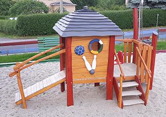 kleines Spielhaus (3 Punkte)
