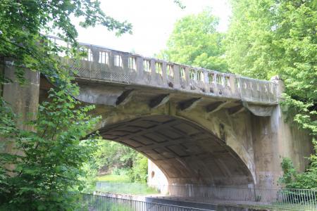 Die marode Rißbrücke