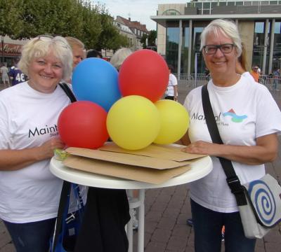 Fotoalbum Team Maintal mit 81 Teilnehmern erläuft beim Hanauer Stadtlauf 825 Euro für Frauenhäuser
