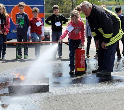 Fotoalbum Brandschutzerziehung in der Herzbergschule am 27.04.2012
