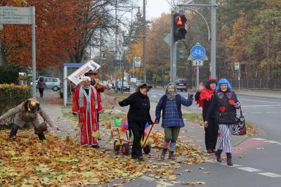 Fotoalbum Umzug des Traditionsvereins zum 11.11. – 11:11 Uhr