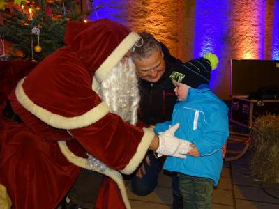 Fotoalbum Weihnachtliches Markttreiben der Einheitsgemeinde Stadt Nienburg (Saale)