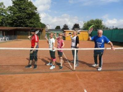 Fotoalbum Tennis AG Oberschule Berne