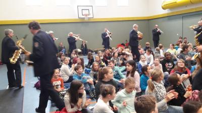 Fotoalbum Landespolizeiorchester des Landes Brandenburg zu Gast in der Schule