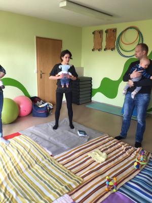 Fotoalbum Eltern-Baby-Treff - 8.3.17: Sport mit Mutti oder Vati und Kind