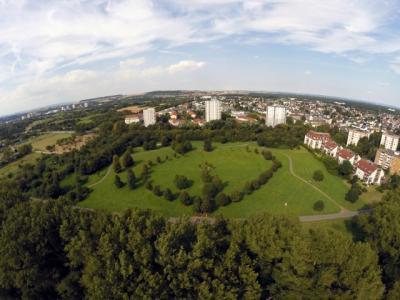 Fotoalbum 17. Baumpflanzung im Frauenhain
