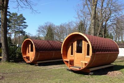 Fotoalbum Mini-Hotels auf dem Campingplatz Mariental
