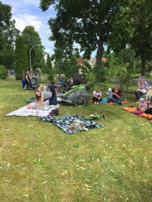 Fotoalbum Sommerfest des Eltern-Baby-Treffs am 8.6.17