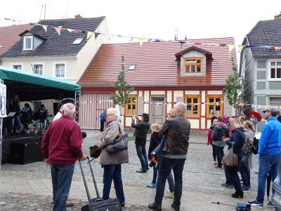 Fotoalbum Die junge Bühne zum Hanse-Stadtfest
