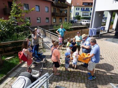 Fotoalbum Ferienprogramm 2017 - Entenrennen an der Schlücht