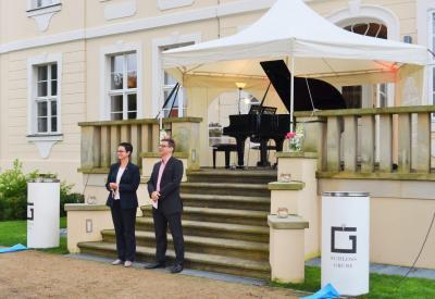 Fotoalbum Oper im Schlossgarten - Open Air mit Grillpavillon