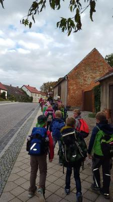 Fotoalbum Wandertag der Klasse 1a und 1b