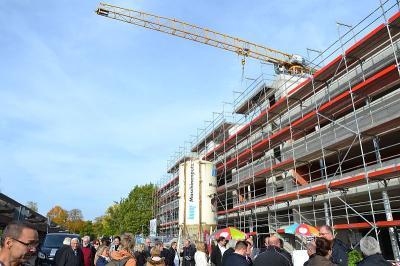 Fotoalbum Bilder vom Richtfest des neuen Geschäftshauses in der Bahnstraße