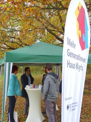 Fotoalbum Besuch des Landtagsabgeordneten Dr. Jan Redmann im Mehrgenerationenhaus Kyritz