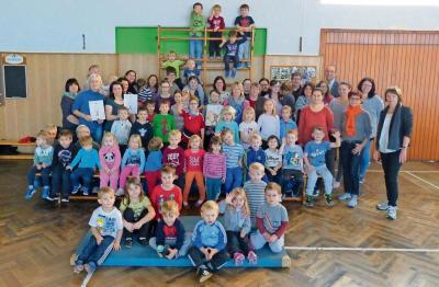 Fotoalbum TV Röslau sportelt mit Kindern