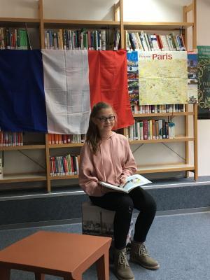 Fotoalbum Schulinterner Vorlesewettbewerb Französisch