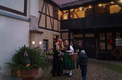 Fotoalbum Dezemberhafte SchauPlätzchen in historischen Stadtkernen, hier SchauPlätzchen 1 in Dahme/Mark, Oberlaubenhaus Töpferstr. 17/18