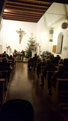 Fotoalbum Gitarrenweihnacht in Pogress