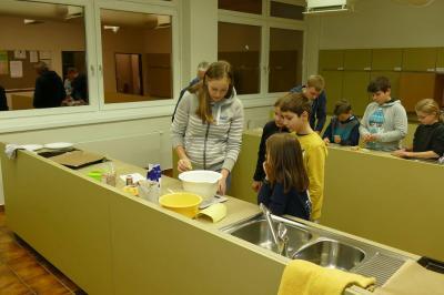 Foto des Albums: Backen mit Schülern der Struenseeschule (17.12.2017)