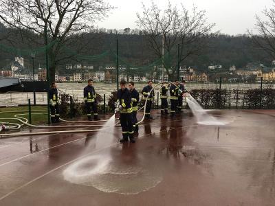 Fotoalbum Schulfeuerwehr im Hochwassereinsatz
