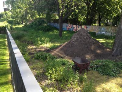 "Fotoalbum Der Garten im ""NiemandsLand"""