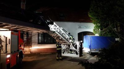 Fotoalbum Brennt Wohnhaus in Fuhlen