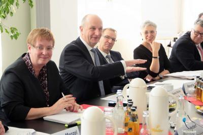 Foto des Albums: Politischer Erfahrungsaustausch mit Ministerpräsident Dietmar Woidke (21.03.2018)