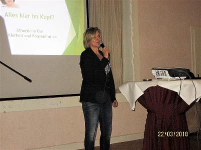 Fotoalbum Alles klar im Kopf? Ätherische Öle helfen dem Gedächtnis ! Mit Verena Möller