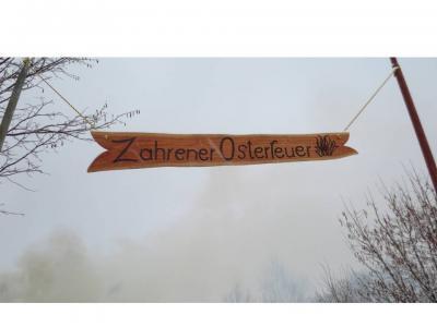 Fotoalbum Osterfeuer in Zahren