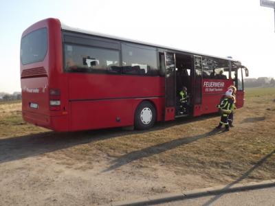 Fotoalbum JHV der Kinder- und Jugendfeuerwehren mit Indienststellung Bus