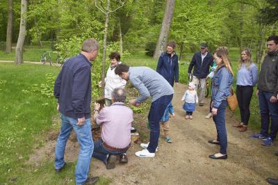 Fotoalbum Einweihung - Spenderbaum Familie Lachmann