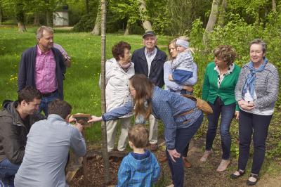 Foto des Albums: Einweihung - Spenderbaum Familie Lachmann (27.04.2018)