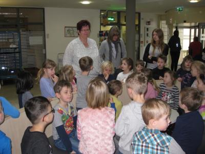 Fotoalbum Kindergarten besucht  Kreiskrankenhaus