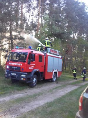 Fotoalbum Gemeinsame Waldbrandübung der Feuerwehren aus dem Amtsbereich Meyenburg und Putlitz-Berge am 04.05.18 in Stepenitz