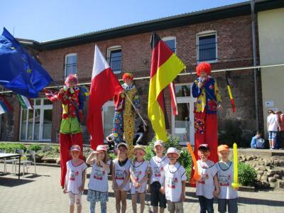 Fotoalbum Vorschulkinder feiern den Europatag auf dem Landhof Arche in Groß Pinnow