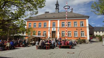 Fotoalbum 1. Maibaumfest des Traditionsvereins e.V. Röslau