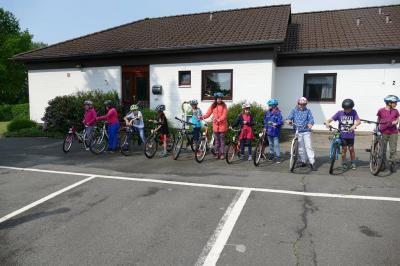 Fotoalbum Überprüfung der Fahrräder