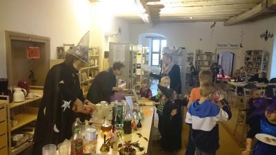 Fotoalbum Walpurgisnacht in der Schlossbibliothek