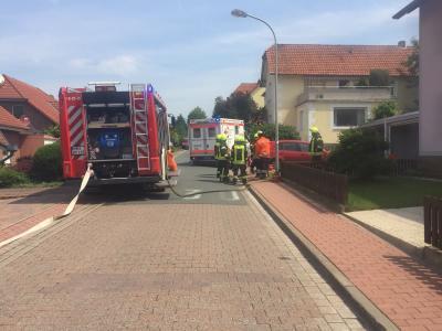 Fotoalbum Brennt PKW in Fischbeck