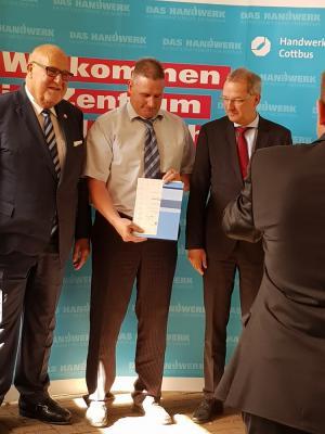 """Fotoalbum Verleihung der """"Silbernen Ehrennadel"""""""