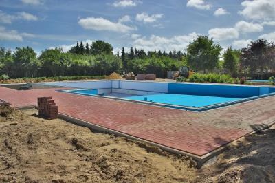 Fotoalbum Erneuerung unseres beheizten Schwimmbades 2017 /2018 hier 07.07.2018