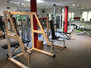 Fotoalbum Neue Farben in der Fitness Schule